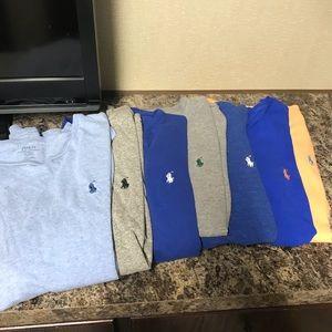 Polo t shirts .